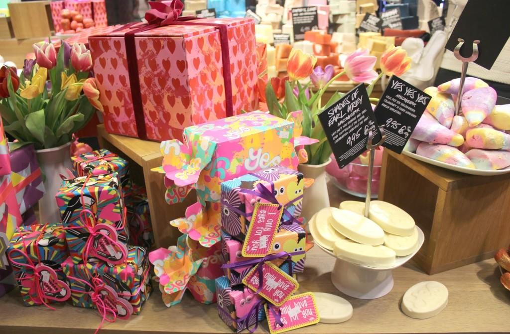 {LUSH} Valentinstags Produkte und Geschenke