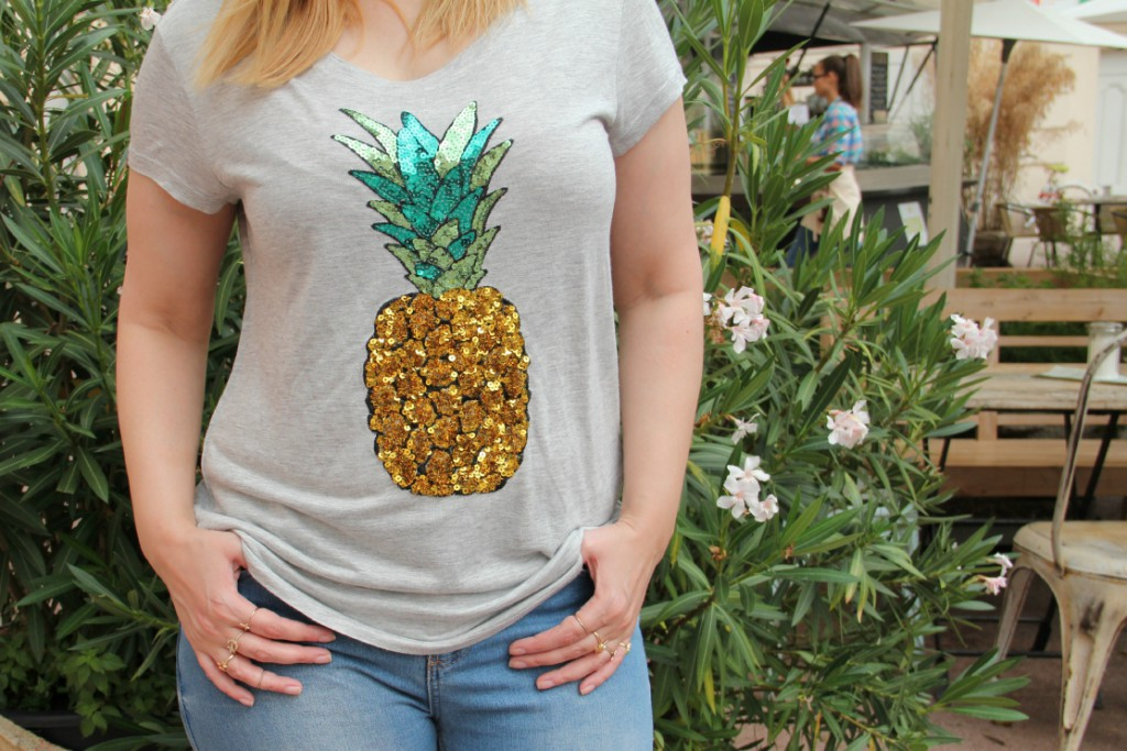 Blogger Outfit Ananas Shirt Fashionblogger Wien Outfit Pineapple Shirt H&M