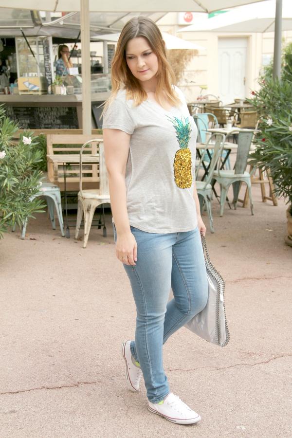 Blogger_Outfit_Ananas_Shirt_wei_e_Converse_Stella_McCartney_Falabella_Tasche_Streetstyle_Fashionblogger_Wien_
