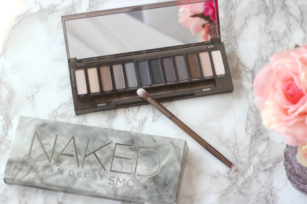 Urban Decay Naked Smoky Palette Osterreich
