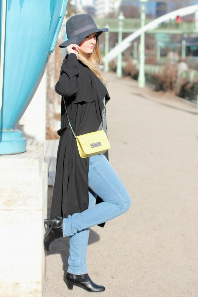 Blogger Outfit Furla Metropolis Trenchcoat Fashionblogger Deutsch