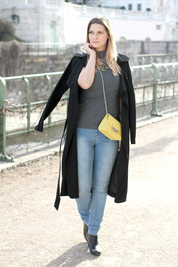 Blogger Outfit Furla Metropolis Trenchcoat Fashionblogger Osterreich