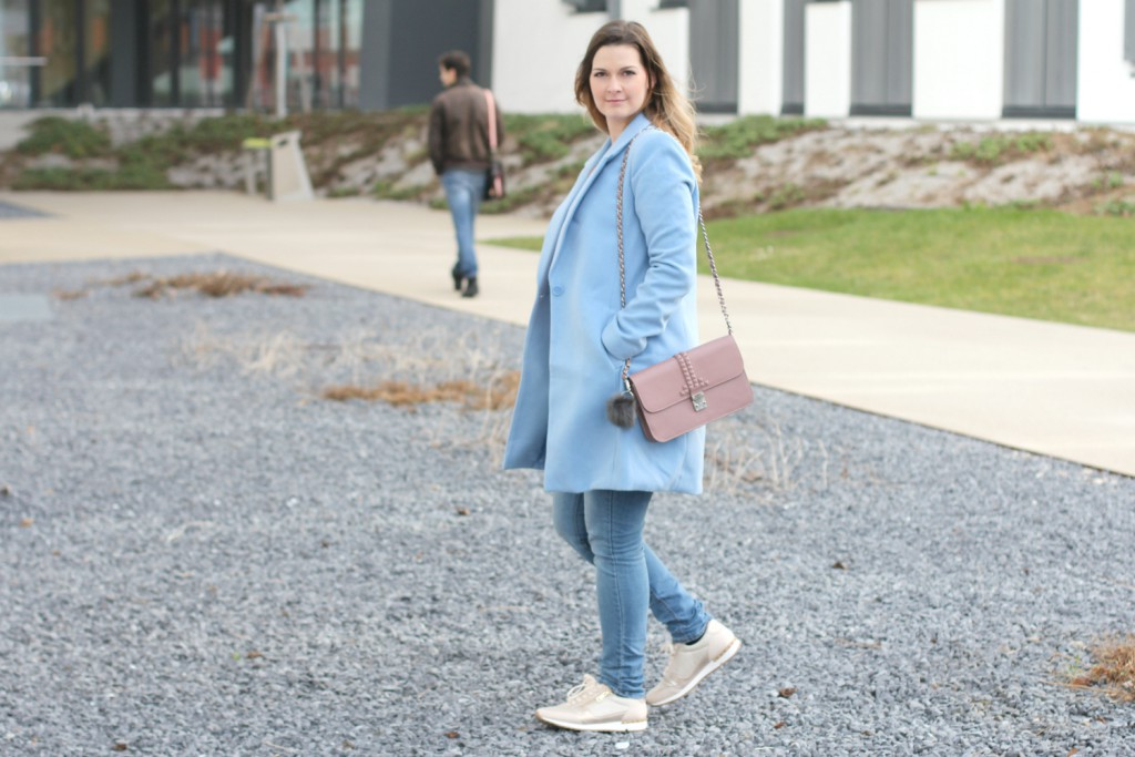 Blogger Outfit Pastell Rose Quartz Serenity Pantone Modeblog Wien