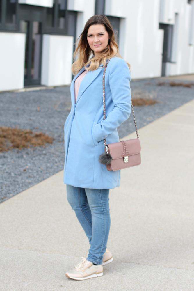 Blogger Outfit Pastell Rose Quartz Serenity Pantone Steffen Schraut Bag hellblauer Mantel Forever 21