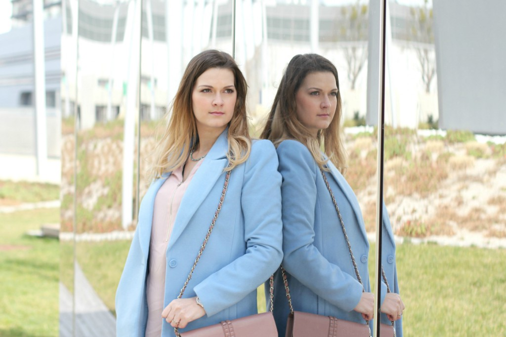 Pastell Look Blogger Outfit Rose Quartz Serenity Pantone Farben des Jahres Fashionblogger Osterreich Mantel Forever 21 a