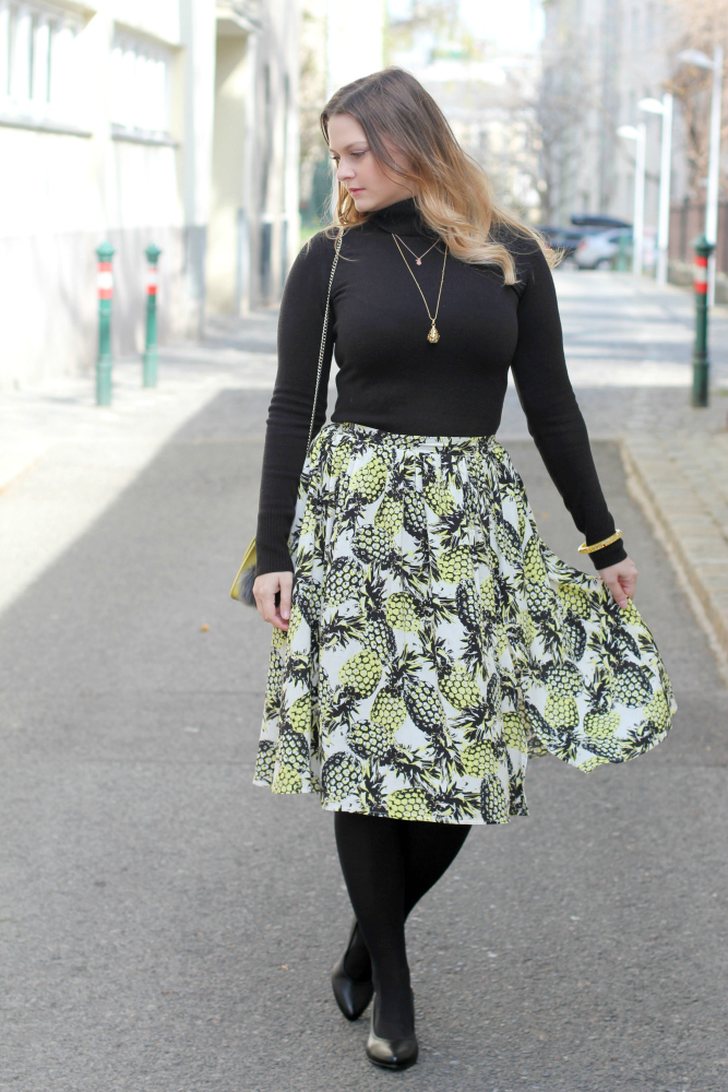 Blogger Outfit Midi Rock Ananas Spring