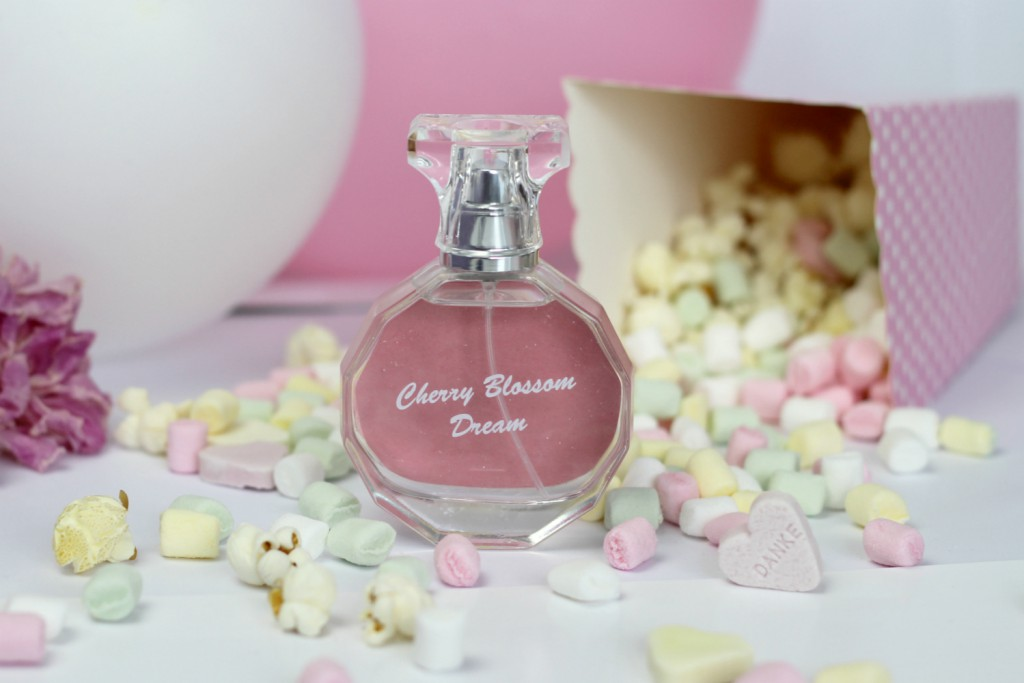 Blog Osterreich Cherry Blossom Dream Parfum Candy Bar