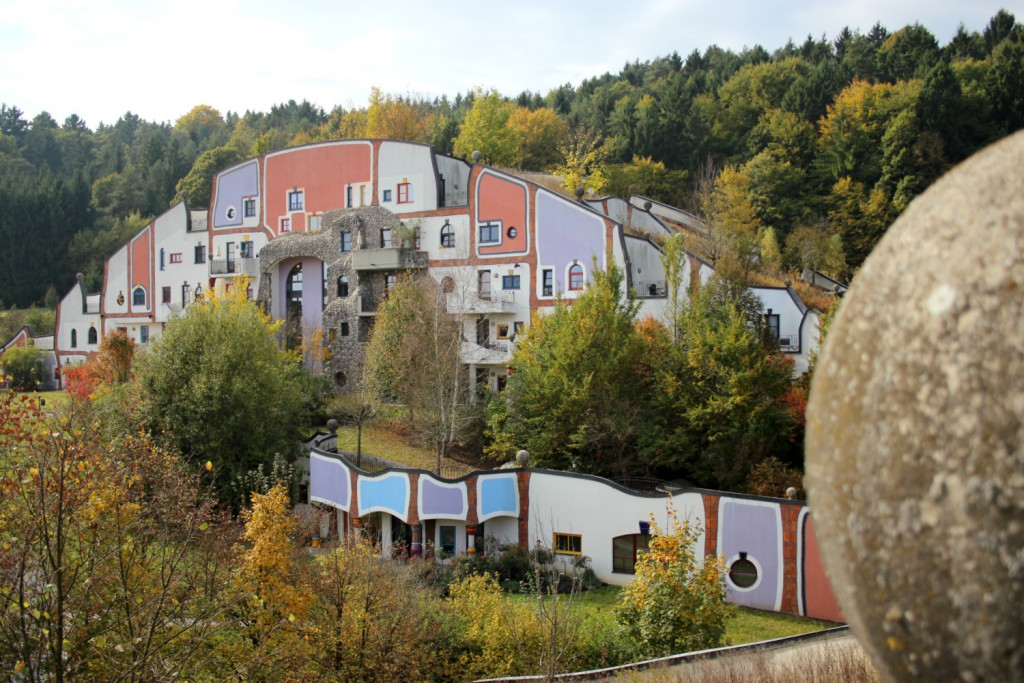 therme-rogner-bad-blumau-hundertwasser-architektur