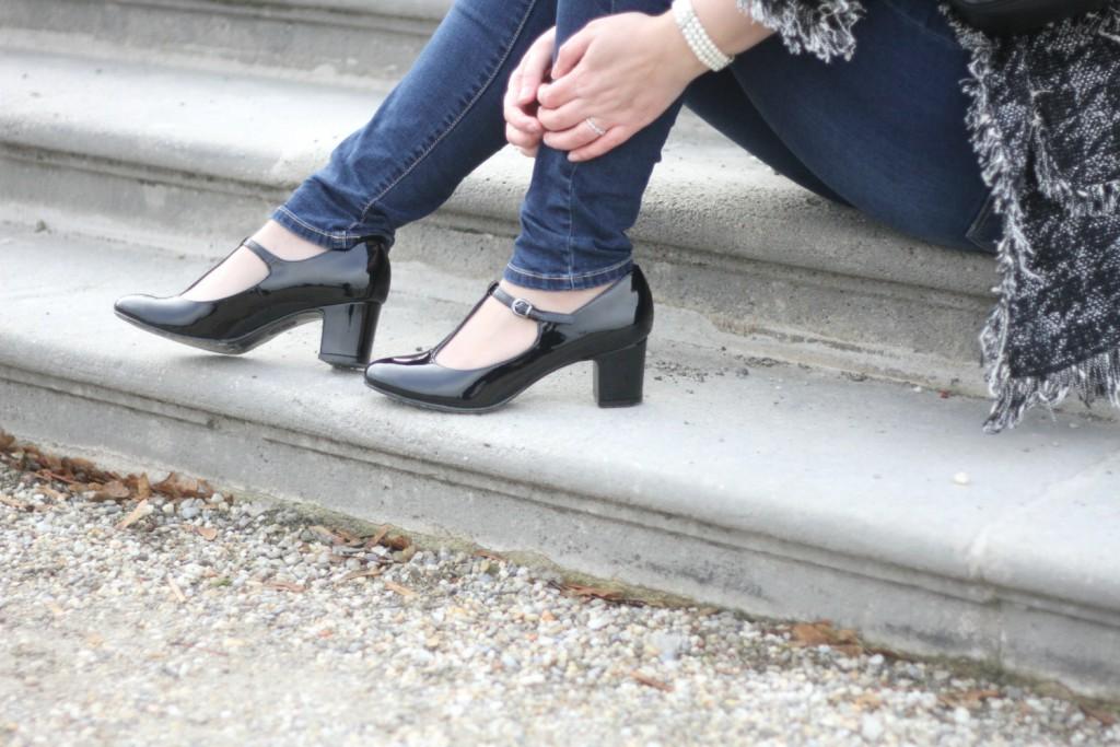 Blogger Outfit TStrap Pumps 20ties Fashionblogger Wien