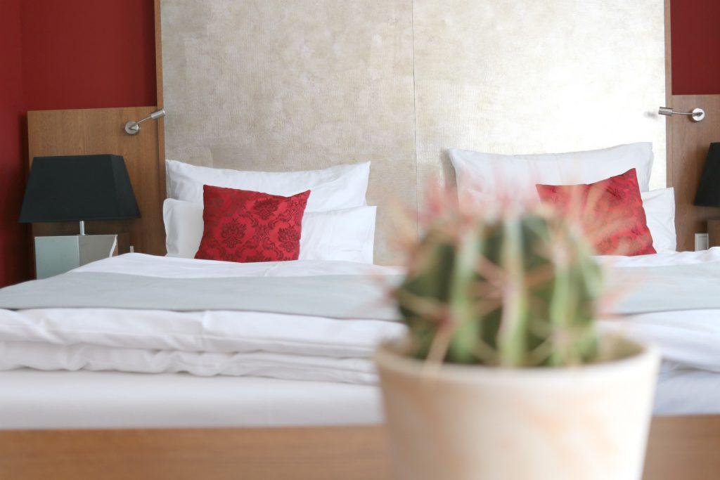 Graz Amedia Luxury Suites Hotel Bett