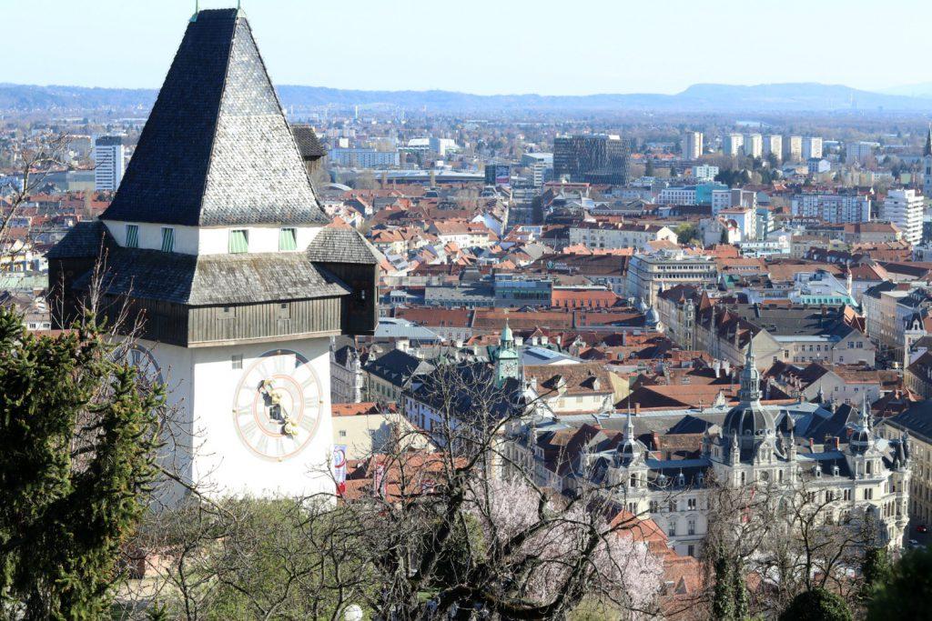 Graz Schlossberg Ausblick mit Uhrturm