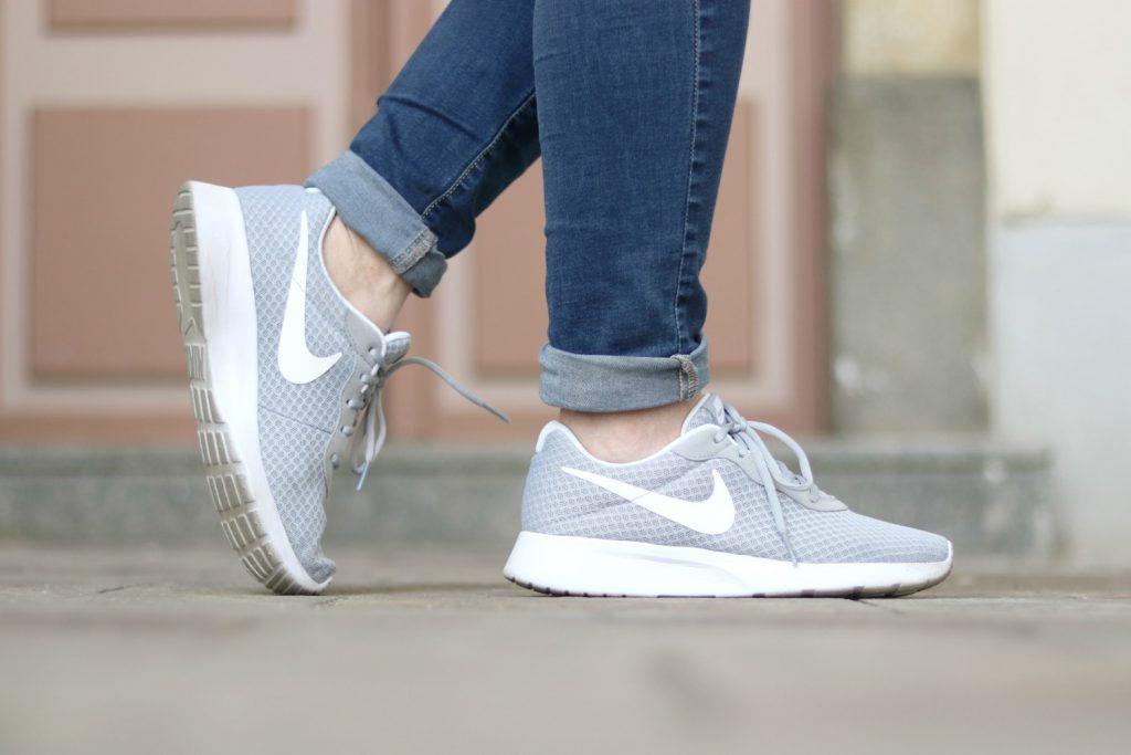Nike Sneaker Grau Deichmann