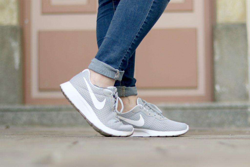 Nike Sneaker Grau Deichmann Blogger Outfit