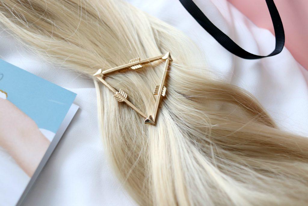 Glossybox Mai 2017 Osterreich Purelei Haarspange Haarclip Festival Dreieck Pfeil