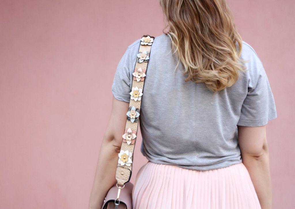 Midirock-rosa-Karl-Tasche-Schulterriemen-Hallhuber-Fashionblog-Blogger-Outfit