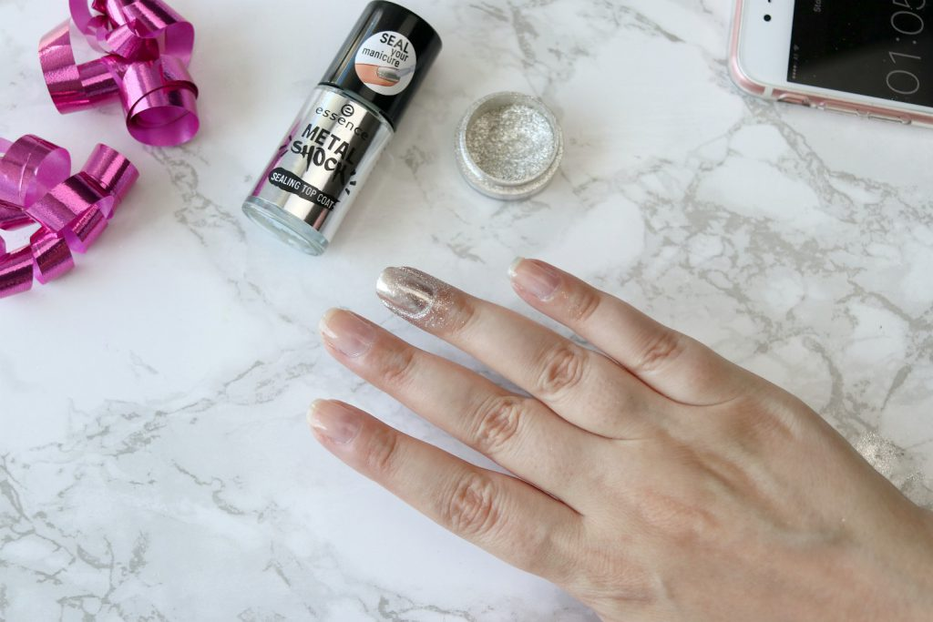 essence metal shock nail powder 01 mirror mirror on the nail