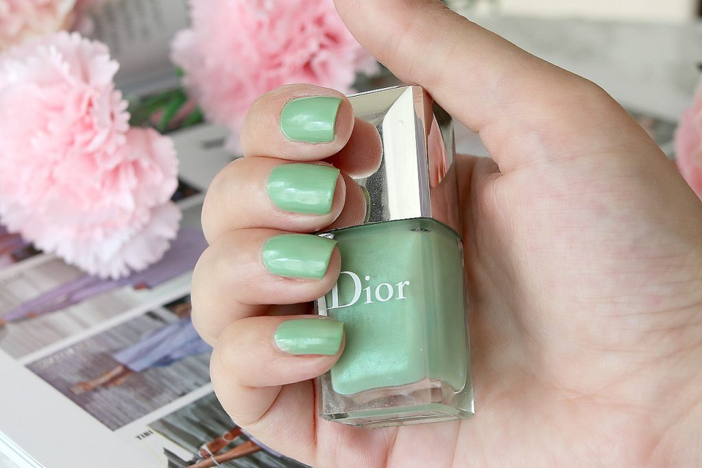 Dior Nagellack hellgrun mint waterlilly