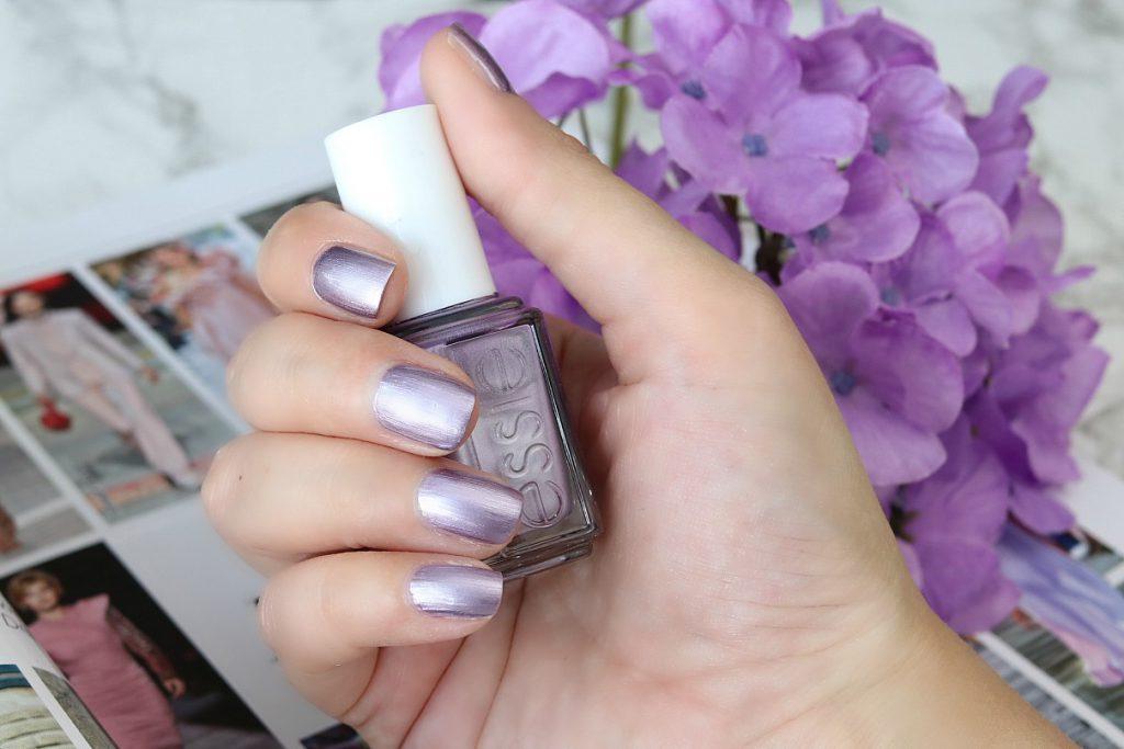 essie nagellack lila ultraviolet girly grunge
