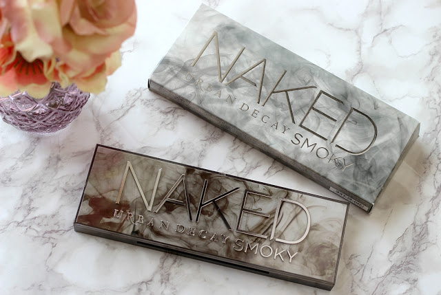 {Swatches} Urban Decay Naked Smoky Palette