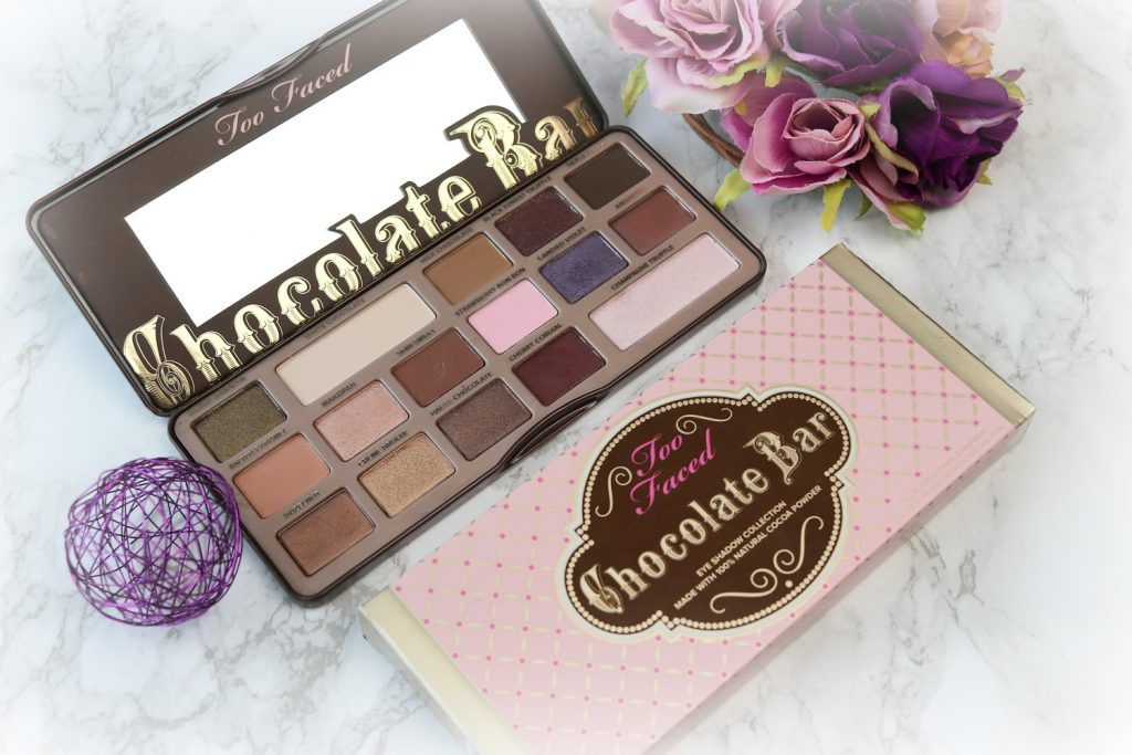 Ultraviolet AMU mit der Too Faced Chocolate Bar Palette