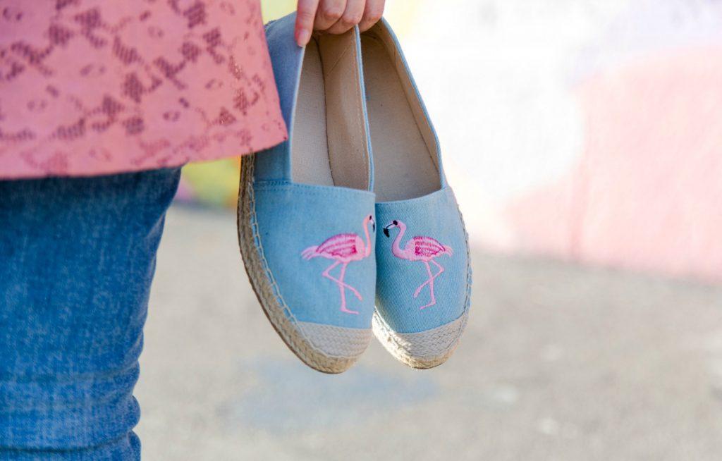 Sommer Outfit für kühlere Tage – Pink Flamingo