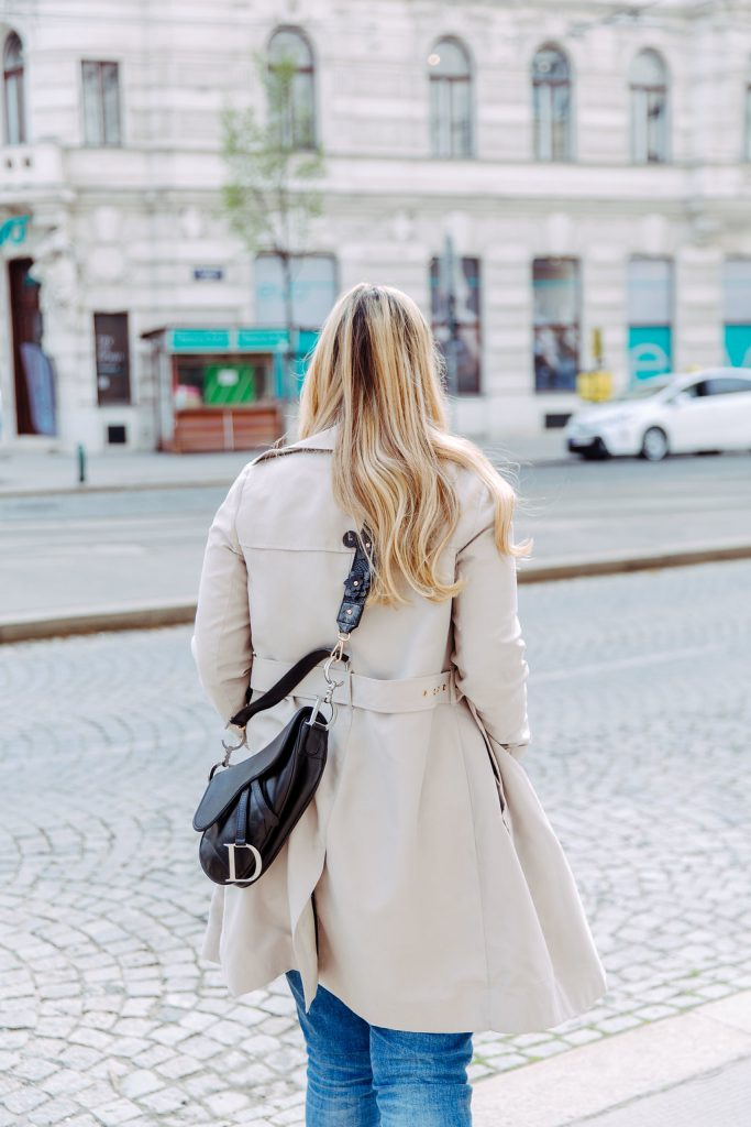 dior saddle bag blogger outfit trenchcoat