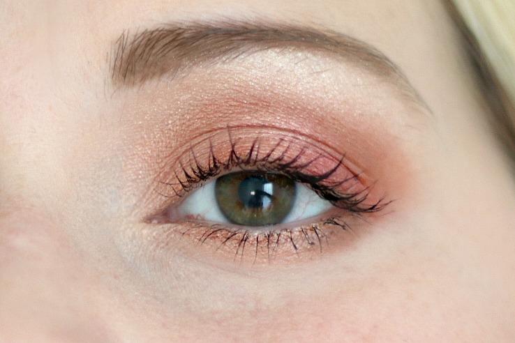 pretty vulgar cosmetics phoenix rising eyeshadow palette amu