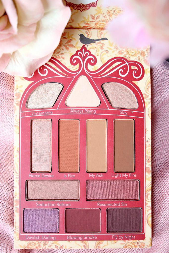 pretty vulgar cosmetics phoenix rising eyeshadow palette douglas