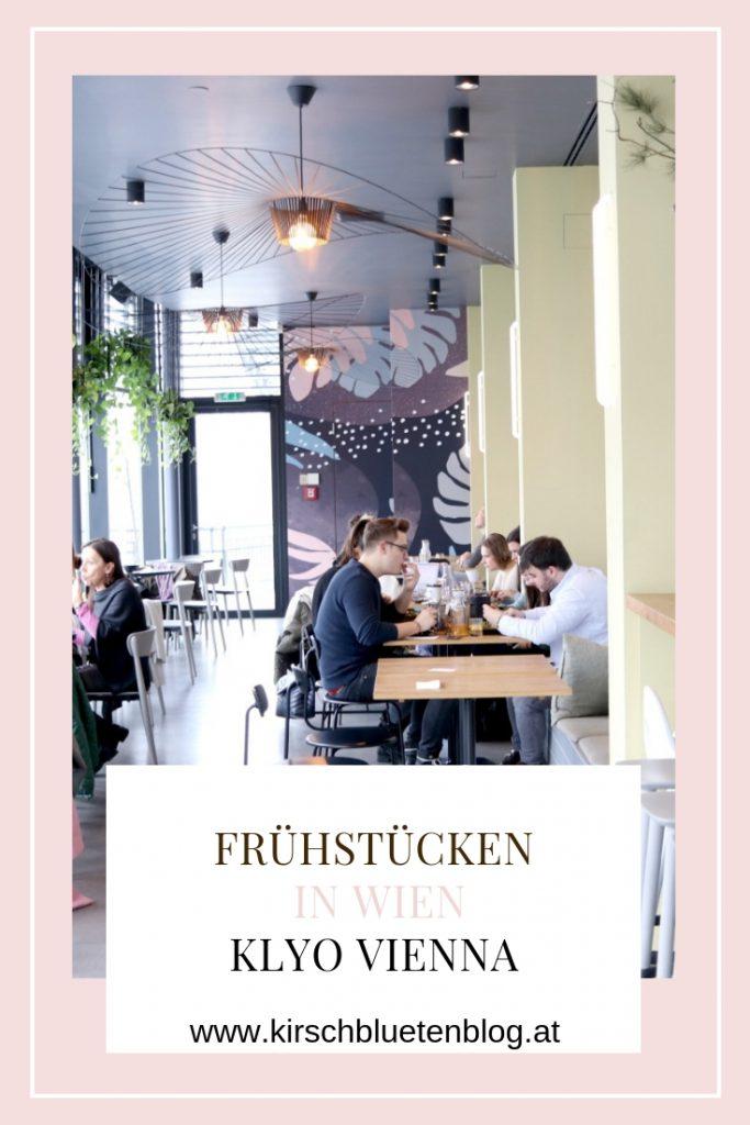 Klyo Wien Vienna Foodguide Avocadobrot pochiertes Ei Fruhstucken in Wien